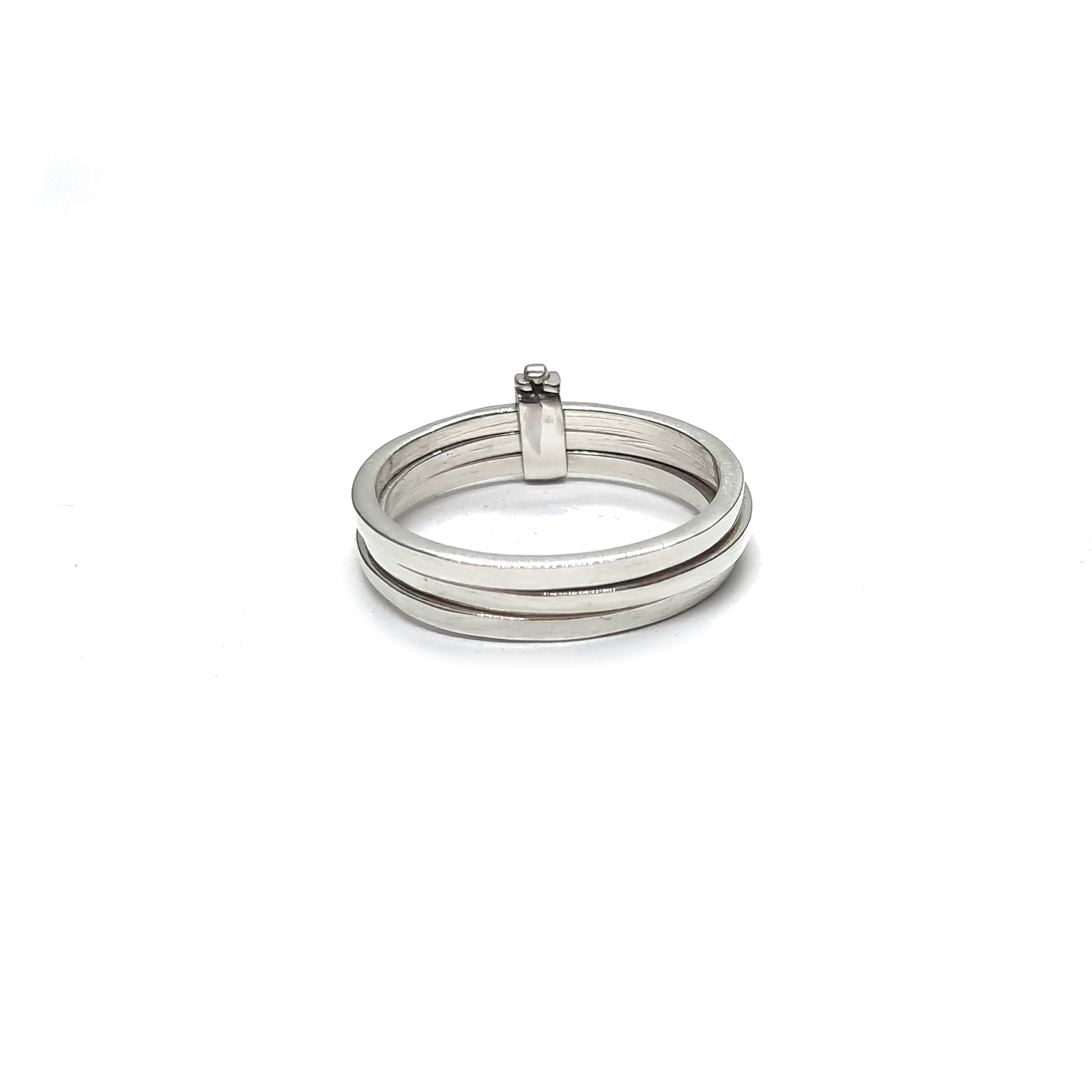 Silver ring - R002210